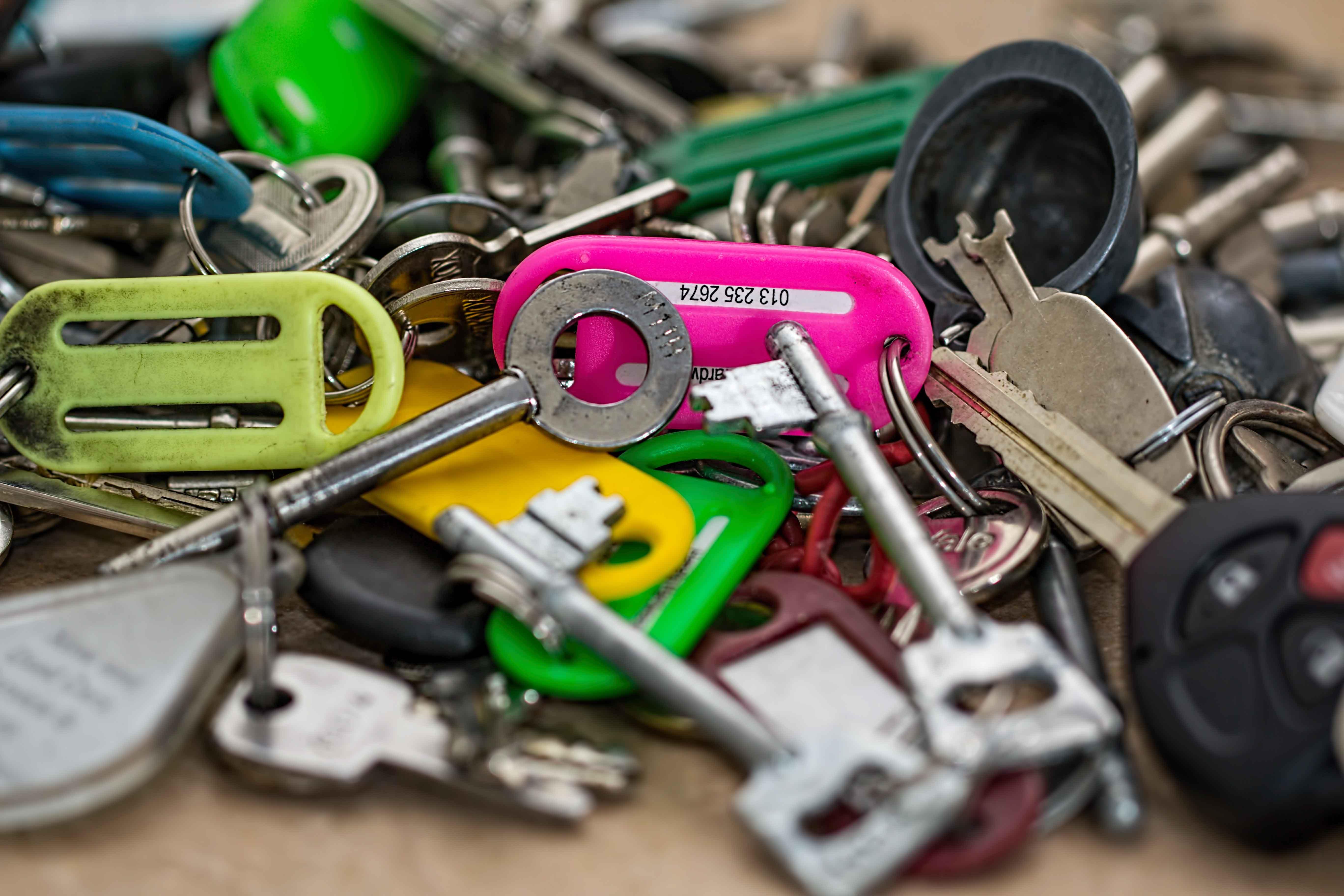 manojo de muchas llaves