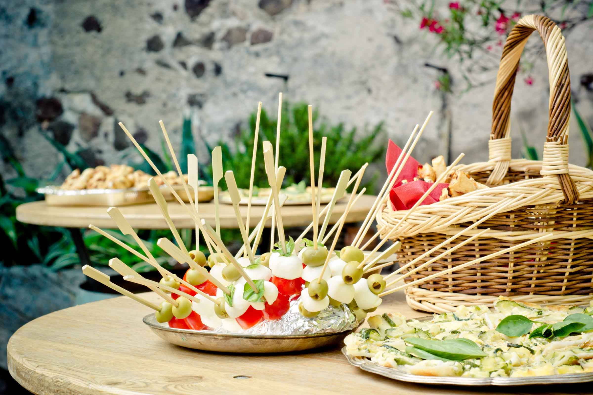 Brochetas de comida vegetariana
