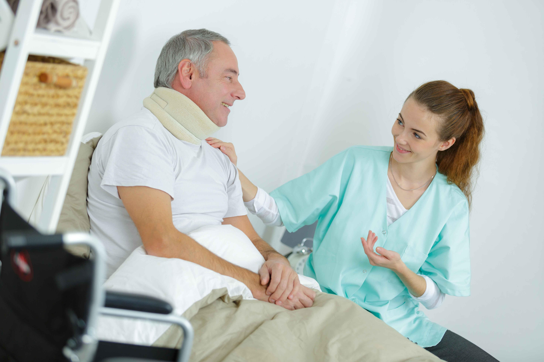 Enfermero con paciente